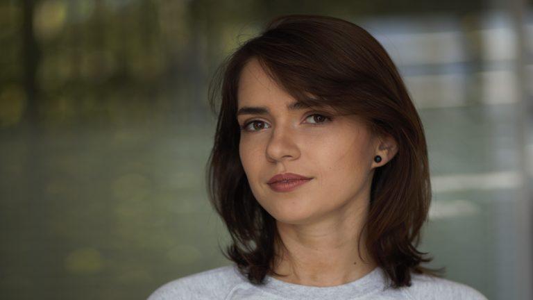 Як розповісти історію, не забарвлюючи і не знебарвлюючи: поради Олесі Яремчук